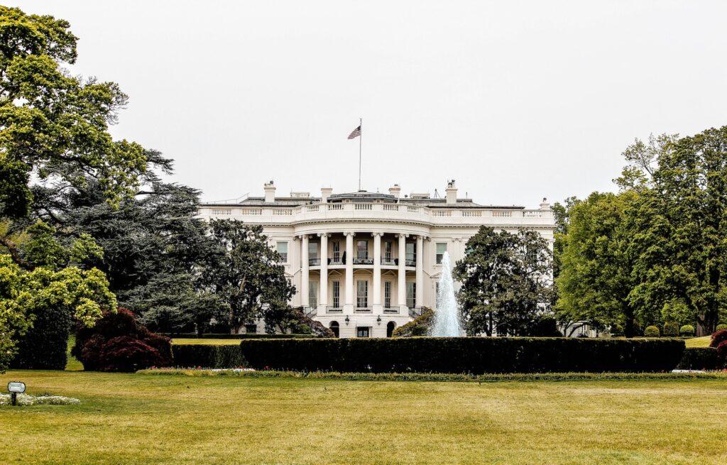 White House Small